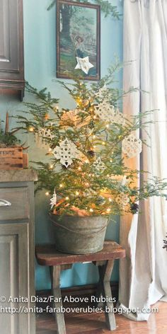 ❥ Far Above Rubies...wee tree in a bucket with paper decos