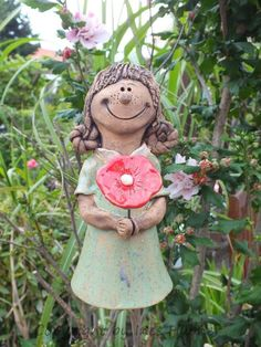 Funny Blumenkind Lilly Gartenkeramik Mehr Clay Flowers, Ceramic Flowers, Pottery Angels, Clay People, Play Clay, Slab Pottery, Sculpture Clay, Hobbies To Try, Clay Projects