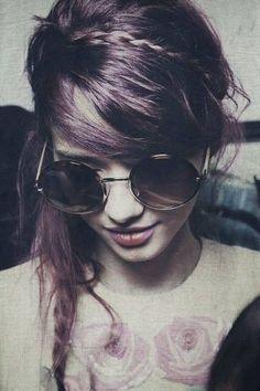 Image via We Heart It #alternative #grunge #hair #look #purple #style #sunglasses #vintage