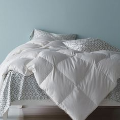 White Bay® European Down Comforter - Have it your way—you deserve it. Handcrafted in our La Crosse, Wisconsin factory, we're offering White Bay® in a wide variety of weights, colors and sizes to create the comforter of your dreams.