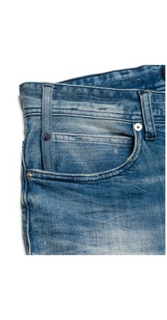 Coined pockets: the mini pocket inside the actual pocket
