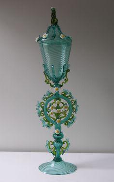 Jeff Mack | Corning Museum of Glass Refraction Of Light, Corning Museum Of Glass, Unusual Art, Murano Glass, Hand Blown Glass, Persona, Glass Art, Bottles, Cups