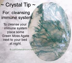 Crystal healing with moss agate