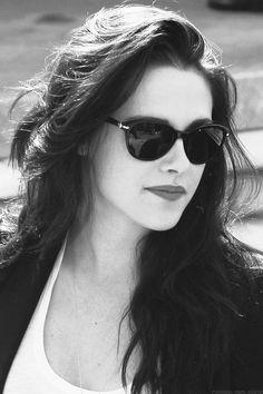 Kristen Stewart wearing Persol #sunglasses http://www.smartbuyglasses.co.uk/designer-sunglasses/Persol/Persol-PO3111S-95/71-271952.html?utm_source=pinterest&utm_medium=social&utm_campaign=PT post