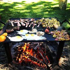 Chapa — Del Fuego Ironworks Custom Metal Work, Open Fire Cooking, Hanger Steak, Cast Iron Griddle, Chuck Wagon, Open Fires, How To Cook Steak, Cooking Tools, Custom Furniture