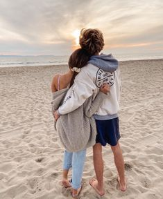 See more of content on VSCO. Teen Couple Pictures, Cute Couples Photos, Cute Couples Goals, Couple Photos, Couple Goals Relationships, Relationship Goals Pictures, Boyfriend Goals, Future Boyfriend, Teenage Couples