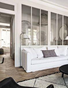 La verrière est son style industriel se métamorphose lorsqu'elle se pare de blanc !