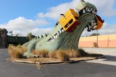 Roadside Attractions - Travel Inspired Living Old Florida, Florida Travel, Florida Gators, Kissimmee Florida, Roadside Attractions, Roadside Signs, Tourist Trap, Abandoned Places, Art And Architecture
