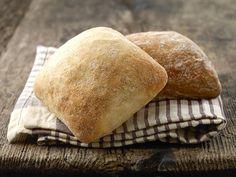 Homemade Ciabatta Bread, Pain Ciabatta, Ciabatta Roll, Homemade Breads, Sandwich Bread Recipes, Banana Bread Recipes, Tapas, High Altitude Baking, Pastries