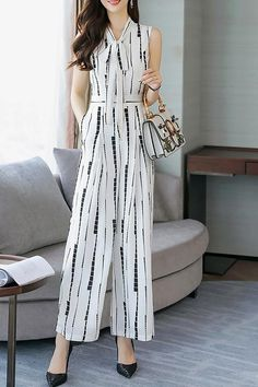 Buy Chicloth Bow Daily Work Geometric Printed Jumpsuit,Cheap Womens Casual Pants,Cheap Jumpsuits and Rompers. Printed Jumpsuit, Jumpsuit Dress, Romper Pants, Short Jumpsuit, Kurta Designs, Designer Jumpsuits, Designer Dresses, Teen Fashion Outfits, Fashion Dresses