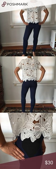 """Stretchy Blue Skinnies EUC, like new! Dark blue skinnies with black panel accent on waist. European size 40, modeled on women's size 4/6, standing 5'8"""" + heels. Has ample stretch and could accommodate a size or two up. 68% viscose, 27% polyamide, 5% elastane. Top is also for sale ✨✨ Pants Skinny"""