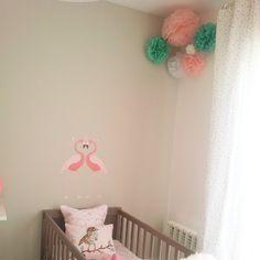 Más habitaciones preciosas decoradas con nuestros poms! Gracias Esther! www.lamarimorenacreativos.bigcartel.com / Poms for your kids. Pretty deco home