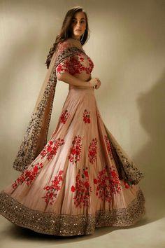 Sangeet & Engagement Lehenga Inspirations for the modern bride!in Offering Best Indian Candid & Destination wedding photography across Delhi, Jaipur, Udaipur, Jaisalermer & other destinations! Ethnic Dress, Indian Ethnic Wear, Patiala Salwar, Anarkali, Lehenga Choli, Floral Lehenga, Bollywood Lehenga, Pink Lehenga, Lehenga Blouse