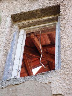 Old ruin window nearby Paklenica/Gracac, Croatia. Photographed by Marleen van de Kraats, no photoshop or paint etc.