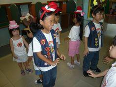 Ranger Kids Christmas 2011 carolling #royalrangers #Singapore