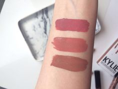 Kylie Lip Kit review, Kylie Lip Kit swatches, Candy K Swatch, Posie K