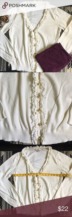 Liz Claiborne New York cream cardigan Excellent condition. Liz Claiborne New York cream cardigan. Size L. 100% cotton. Liz Claiborne Sweaters Cardigans