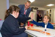 HRH The Countess of Wessex officially opened Portesbery School in Deepcut today and spent time meeting the children, staff and construction team, Lots of smiling faces! Portesbery School The Royal Family #ChairmanSCC @surreycouncil