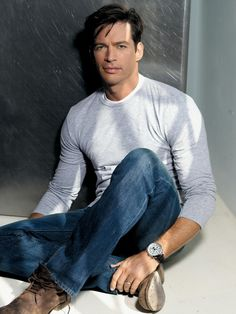 Harry Connick jr. ..have this picture on a magnet from concert The Man took me to...7th row!