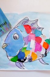 "Kindergarten : Rainbow fish - Guided drawing, watercolor face and fins, collage tissue paper for scales...attach all fish to blue butcher paper as kinders finish...can draw seaweed in ""ocean"" to extend project"