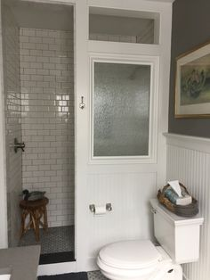 33 Stunning Farmhouse Small Bathroom Decorating Ideas - Melita Ruppersberger - 33 Stunning Farmhouse Small Bathroom Decorating Ideas 33 Stunning Farmhouse Small Bathroom Decorating Ideas Home Design Ideas - Cheap Bathroom Remodel, Bath Remodel, Bathroom Renovations, Home Remodeling, Shower Remodel, Restroom Remodel, Bad Inspiration, Bathroom Inspiration, Bathroom Ideas