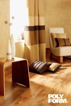 Conserva y dale vida a tus pisos y muebles de madera con nuestra gama de productos Polyform®. #ProductosComex #Comex #DIY #Floor #Home #Ideas #Deco
