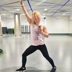 Kto się cieszy, że dzisiaj wreszcie nagrał coś nowego? Ja! 😂  No! Nagrane! Tym razem bez przypałów! Ostatnio miałam dla Was nagrany dłuuugi trening i kilka pogadanek i wszystko poszło się chrzanić, bo okazało się, że mikrofon nawalił 🤔 ale dzisiaj już z nowym sprzętem nagrany nowy trening 💪 i nowe materiały! Teraz tylko Patryk musi szybko zmontować 😁😁😁😁 #fitnessinspo #fitspo #fitgirl #cityfitpl #workout #positivevibes Sporty, Fitness, Style, Fashion, Diet, Swag, Moda, Fashion Styles, Fashion Illustrations