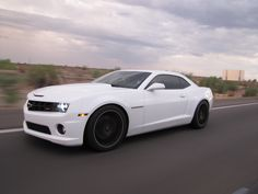 2010 M6 SS/RS Summit White Camaro