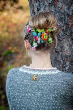Grått i Setesdal   Garnpakker med strikkeoppskrifter fra Sidsel J. Høivik Knitting Designs, Knitting Patterns, Stick O, Knitting Help, Crochet, Color Patterns, Knots, Wool, Sweaters
