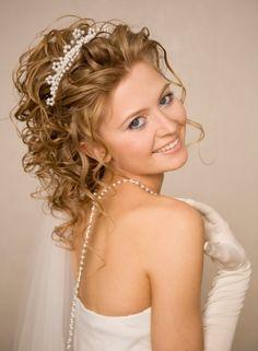 acconciatura sposa capelli media lunghezza - Cerca con Google