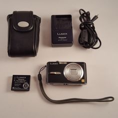 Panasonic LUMIX DMC-FX07 7.2MP Digital Camera Japan - Black Case and Charger #Panasonic