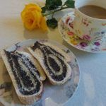 Vegan Poppy Seed Roll is pastry very suitable for fasting days, can be served as an appetizer, dessert or even as a main dish. Apple Pie Recipes, Cake Recipes, Christmas Bread, Serbian Christmas, Serbian Recipes, Serbian Food, Yummy Appetizers, Appetizer Dessert, Kitchens