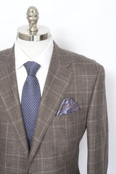 #Brown #linen to the nines in this great #Brioni #blazer.  |  Find yours! http://www.frieschskys.com/blazers  |  #frieschskys #mensfashion #fashion #mensstyle #style #moda #menswear #dapper #stylish #MadeInItaly #Italy #couture #highfashion #designer #shopping