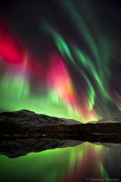 Sky show, Norway, by Tommy Eliassen