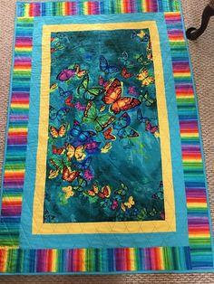 Butterflies in Flight, butterflies quilt, lap quilt, butterfly quilt, i love butterflies Fabric Panel Quilts, Strip Quilts, Easy Quilts, Small Quilts, Quilting Projects, Quilting Designs, Quilting Ideas, Crochet Projects, Sewing Projects