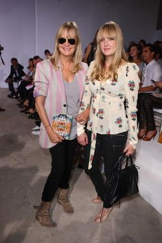Twiggy attends Matthew Williamson at London Fashion Week Spring/Summer 2010 Front Row on September 20 2009 in London United Kingdom