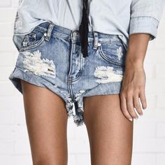 Cheap jean hand, Buy Quality jean girl directly from China jean slim Suppliers: Simplee Apparel Vintage ripped hole fringe blue denim shorts women Casual pocket jeans shorts 2016 summer girl hot shorts Hot Shorts, Shorts Jeans, Ripped Shorts, Ripped Denim, Denim Jeans, Washed Denim, Black Shorts, Fringe Shorts, Pocket Shorts