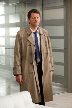 Supernatural - Cass e seu sobretudo; rsrsrs...