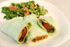 #veggie #chorizo #tortilla #pepino #pepinillos - #lechuga #tomate #apio #aguacate #mostaza #balsamico #mielDeMaple