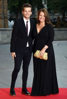 Here's what Louis Tomlinson and his sisters got mum Johannah for Mother's Day  - Sugarscape.com