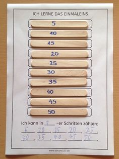 Simple and effective: multiplication tables on a stick School Fun, Primary School, Mega Math, Year 1 Maths, Math Quotes, German Language Learning, Math Work, Math Multiplication, Math Lessons