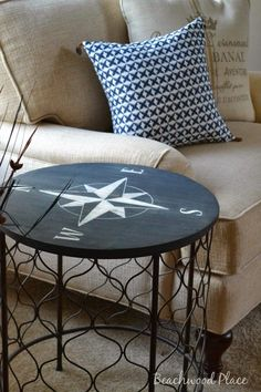 Where can i find nautical decor. Beach front Home Decor things add seaside style to your rooms. Beach-themed and nautical home decor for walls, windows and Nautical Bedroom, Coastal Bedrooms, Nautical Home, Nautical Style, Diy Bedroom, Bedroom Beach, Nautical Compass, Nautical Interior, Nautical Flags