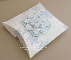 Stampin' Up! UK Demonstrator - Teri Pocock: Flurry of Wishes - Square Pillow Box