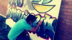 """Eu a fazer o meu """"lindo"""" graffiti! #Rubenc"""