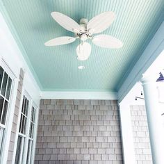 porch paint ideas From vaulted to coffered wood, simply paint and beyond, discover the top 70 best porch ceiling ideas. Explore stunning covered space designs for your home. Ceiling Paint Colors, Ceiling Painting, Colored Ceiling, House Painting, Haint Blue Porch Ceiling, Home Ceiling, Ceiling Ideas, Blue Ceiling Bedroom, Ceiling Fan