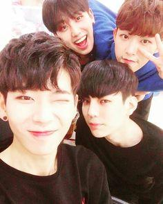 BOYS24 instagram update  #boys24 #chani #hocheol #jihyeong #minhwan #소년24 #찬이 #호철 #지형 #민환 #kpop #idol #아이돌 #유닛그린 #unitgreen #유닛옐로우 #unityellow