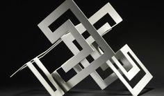Cuatro mòdulos. Acero lacado blanco 43 x 70 x 43 cm