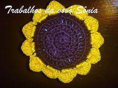 Trabalhos da vovó Sônia: Sachê girassol Fiore - crochê