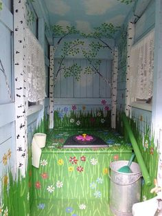 Outhouse Bathroom, Outhouse Decor, Tiny House Bathroom, Outside Toilet, Outdoor Toilet, Outdoor Bathrooms, Rustic Bathrooms, Cottage Toilets, Outdoor Life