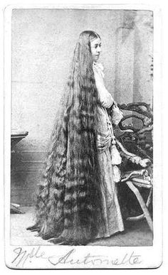 A woman named Mademoiselle Antoinette (cabinet card about .Holy Moly look at that hair! My arms would fall off after brushing all of that 🙃 Vintage Hairstyles For Long Hair, Down Hairstyles, Super Long Hair, Big Hair, Rapunzel Hair, Natural Hair Styles, Long Hair Styles, Beautiful Long Hair, Hair Pictures